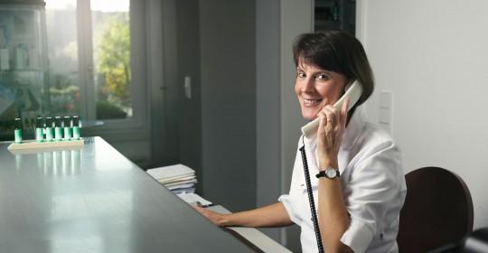 Telefonisch schwer erreichbar